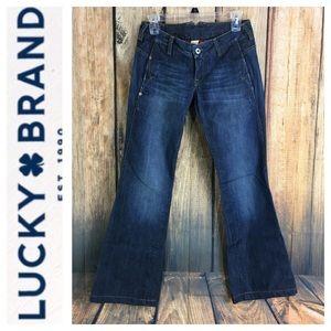 🐞Lucky Brand Brad's Knuckle Flare Leg jean 00/24